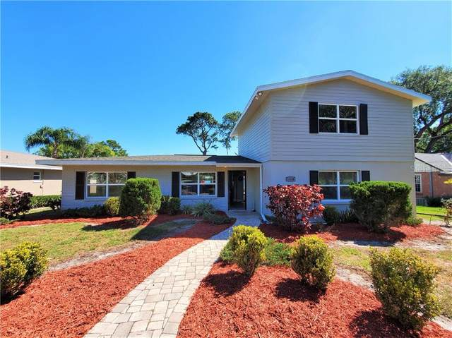 1004 W Lake Cannon Drive NW, Winter Haven, FL 33881 (MLS #L4914968) :: Sarasota Home Specialists