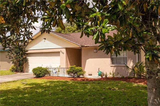 1129 Watersedge Drive, Lakeland, FL 33801 (MLS #L4915896) :: Charles Rutenberg Realty