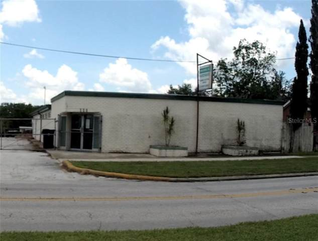 111 W Bridgers Avenue, Auburndale, FL 33823 (MLS #L4916592) :: Burwell Real Estate