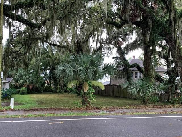 1415 Crystal Lake Drive, Lakeland, FL 33803 (MLS #L4916700) :: Gate Arty & the Group - Keller Williams Realty Smart