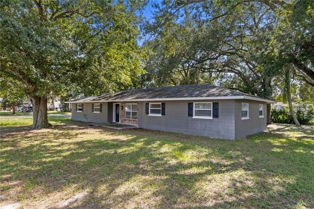 1211 Tangerine Parkway, Winter Haven, FL 33881 (MLS #L4916758) :: The Light Team