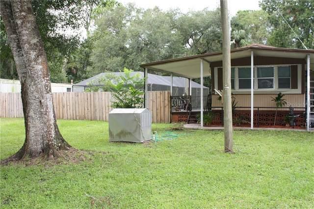10347 Lynnwood Avenue, Lake Wales, FL 33898 (MLS #L4917214) :: The Light Team