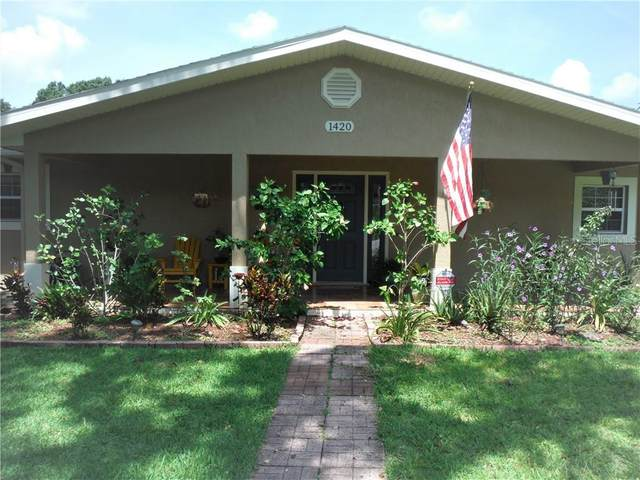 1420 Morganwood Drive, Lakeland, FL 33801 (MLS #L4917295) :: The Duncan Duo Team