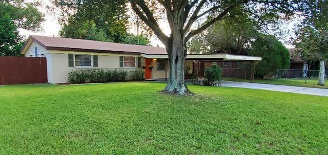 2029 Leisure Drive, Winter Haven, FL 33881 (MLS #L4918563) :: Frankenstein Home Team