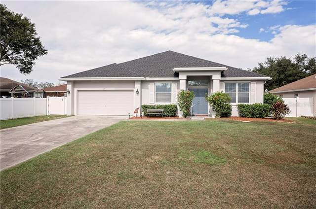 115 Oak Run Drive, Lakeland, FL 33809 (MLS #L4919640) :: Cartwright Realty