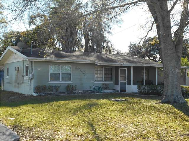 2904 Avenue V NW, Winter Haven, FL 33881 (MLS #L4920289) :: Sarasota Property Group at NextHome Excellence