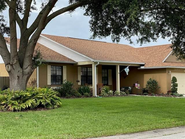 569 Berkley Pointe Drive, Auburndale, FL 33823 (MLS #L4923477) :: Realty Executives