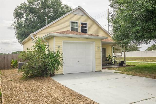 3740 Dartford Drive, Davenport, FL 33837 (MLS #L4923494) :: Expert Advisors Group