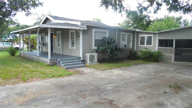 303 NW 9TH Street, Mulberry, FL 33860 (MLS #L4924762) :: Zarghami Group