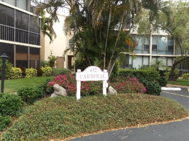 612 Bird Bay Drive S 306CAR, Venice, FL 34285 (MLS #N5916965) :: White Sands Realty Group