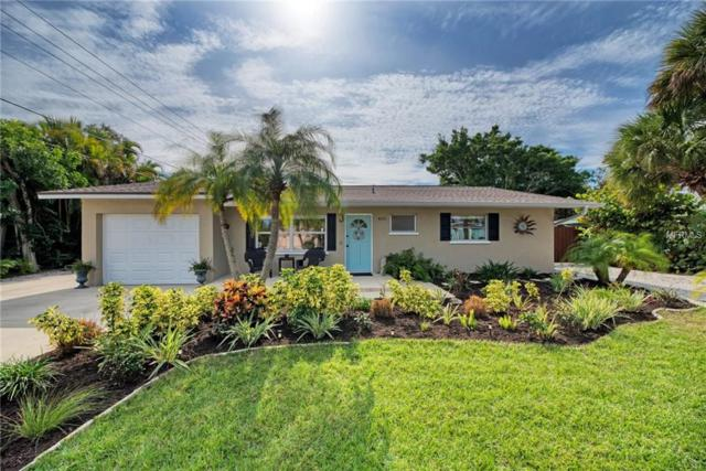 405 Mahon Drive, Venice, FL 34285 (MLS #N6103136) :: The Duncan Duo Team