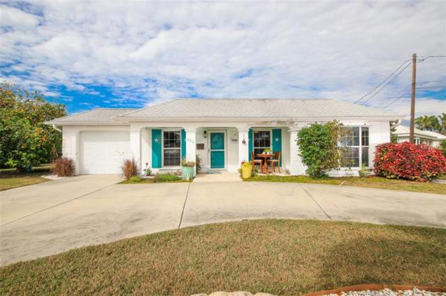 930 Inlet Circle, Venice, FL 34285 (MLS #N6103850) :: Medway Realty