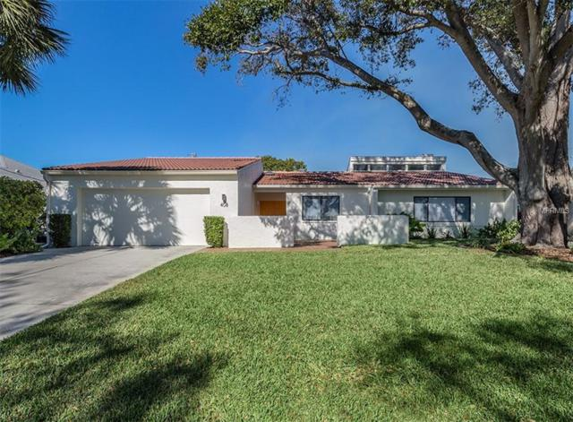 408 Everglades Dr, Venice, FL 34285 (MLS #N6103982) :: The Light Team