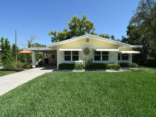 512 Shore Road, Nokomis, FL 34275 (MLS #N6104938) :: Team Bohannon Keller Williams, Tampa Properties