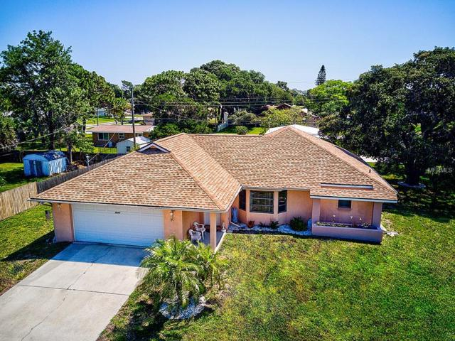 2671 Yucca Road, Venice, FL 34293 (MLS #N6105700) :: The Duncan Duo Team