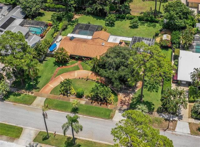 817 Riviera Street, Venice, FL 34285 (MLS #N6105701) :: Team Bohannon Keller Williams, Tampa Properties