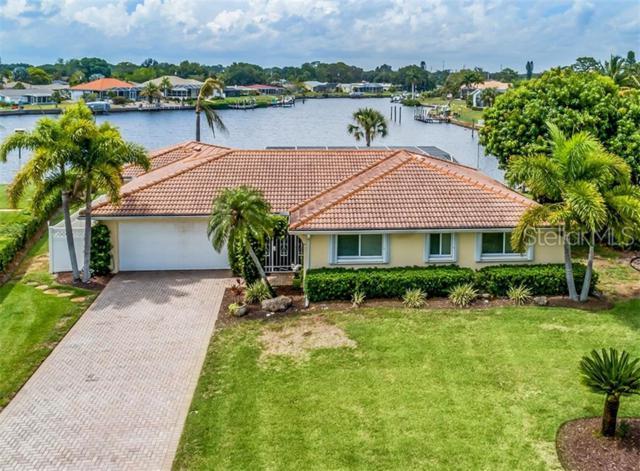 32 Windsor Drive, Englewood, FL 34223 (MLS #N6105930) :: Cartwright Realty
