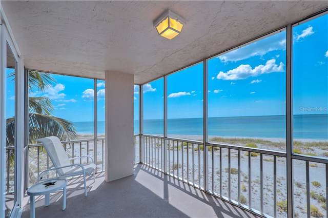 555 The Esplanade N #401, Venice, FL 34285 (MLS #N6107077) :: Sarasota Home Specialists