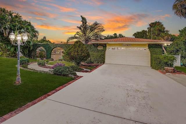 1759 Bayshore Road, Nokomis, FL 34275 (MLS #N6107556) :: The Robertson Real Estate Group