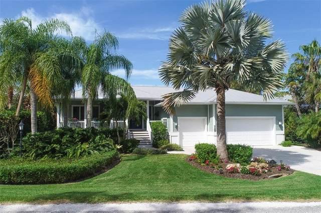 725 Eagle Point Drive, Venice, FL 34285 (MLS #N6109334) :: The Duncan Duo Team