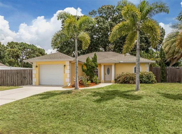 2565 Englewood Road, Venice, FL 34293 (MLS #N6111356) :: Carmena and Associates Realty Group