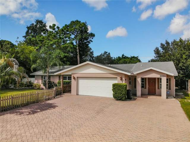 2424 Whippoorwill Circle, Sarasota, FL 34231 (MLS #N6111944) :: The Duncan Duo Team