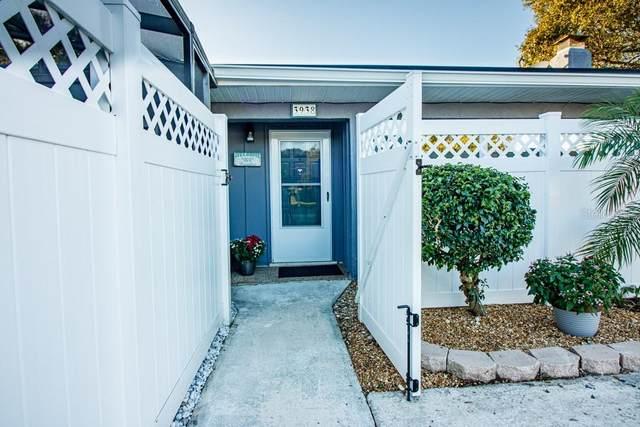 3938 Chaucer Lane, Sarasota, FL 34241 (MLS #N6112574) :: Medway Realty