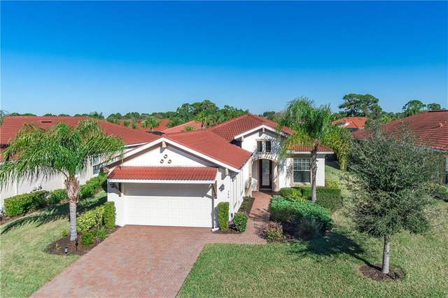 366 Padova Way, North Venice, FL 34275 (MLS #N6113353) :: Sarasota Home Specialists