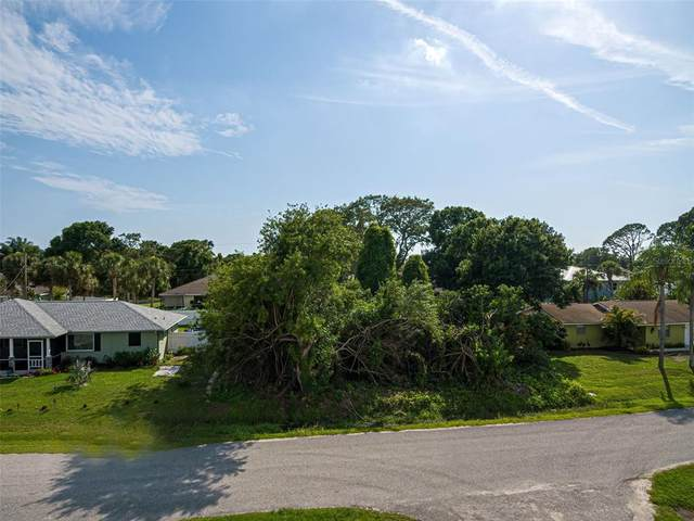 Pompano Road, Venice, FL 34293 (MLS #N6114640) :: The Kardosh Team