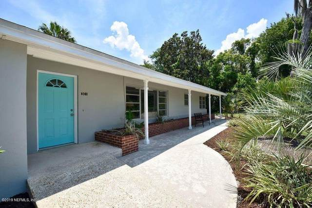 301 Lakeview Ave, Crescent City, FL 32112 (MLS #N6115846) :: Realty Executives
