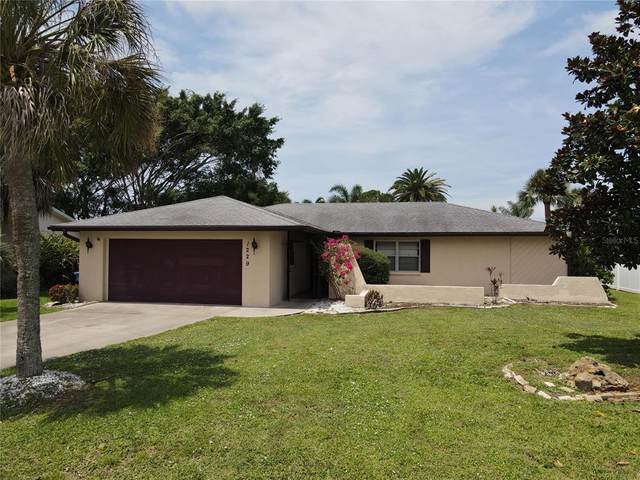 1229 Lucaya Avenue, Venice, FL 34285 (MLS #N6116054) :: The Paxton Group
