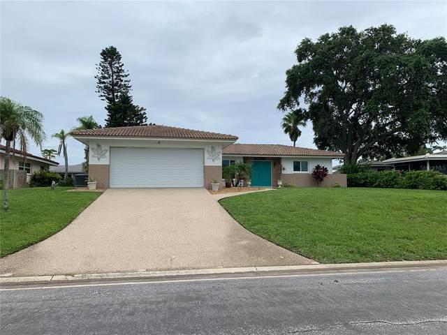4 Pine Ridge Way, Englewood, FL 34223 (MLS #N6116851) :: Everlane Realty