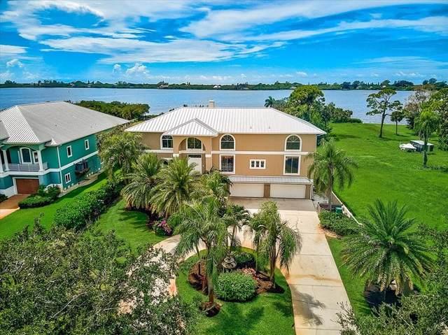 1135 Bayshore Drive, Englewood, FL 34223 (MLS #N6117580) :: Keller Williams Realty Peace River Partners