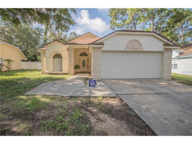 1572 Woodfield Oaks Drive, Apopka, FL 32703 (MLS #O5525462) :: KELLER WILLIAMS CLASSIC VI