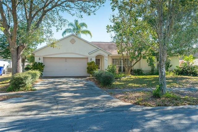4203 Red Bird Avenue, Saint Cloud, FL 34772 (MLS #O5557570) :: Godwin Realty Group