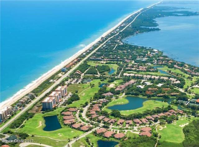 874 Aquarina Boulevard, Melbourne Beach, FL 32951 (MLS #O5700505) :: The Duncan Duo Team