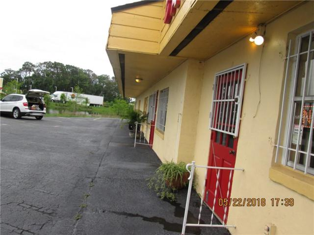 6020 Edgewater Drive, Orlando, FL 32810 (MLS #O5711733) :: The Duncan Duo Team