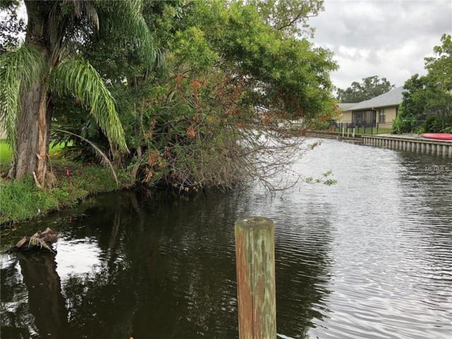 S Canal Drive, Palm Harbor, FL 34684 (MLS #O5744231) :: Team Suzy Kolaz