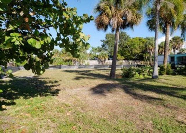 3941 Moody Street, St Pete Beach, FL 33706 (MLS #O5746751) :: Griffin Group