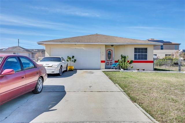 1410 Kissimmee Court, Poinciana, FL 34759 (MLS #O5763561) :: Zarghami Group