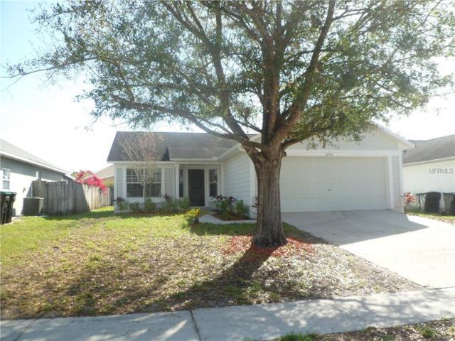 2761 Delcrest Drive, Orlando, FL 32817 (MLS #O5770282) :: The Light Team
