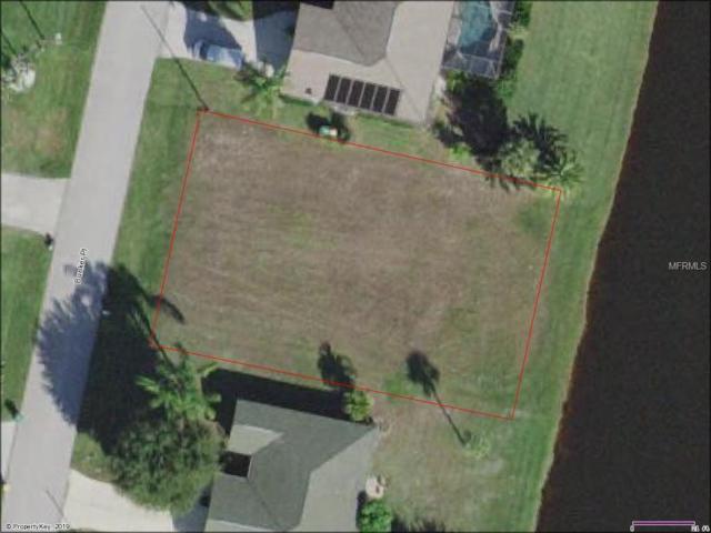 9 Bunker Place, Rotonda West, FL 33947 (MLS #O5780855) :: The Duncan Duo Team