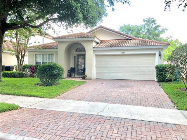 6037 Froggatt Street, Orlando, FL 32835 (MLS #O5784674) :: The Duncan Duo Team