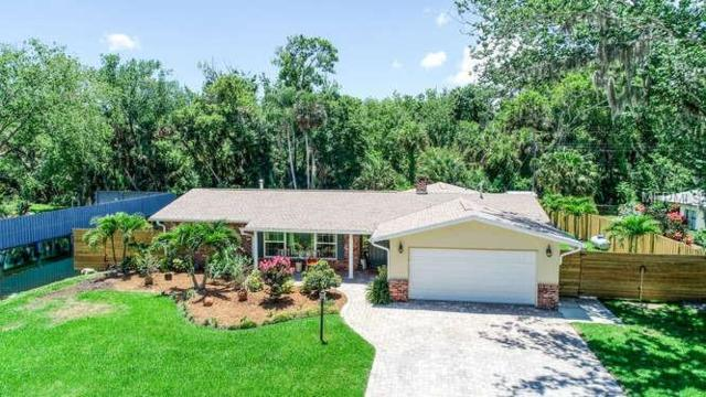 105 Briarwood Lane, Cocoa, FL 32926 (MLS #O5785800) :: Griffin Group