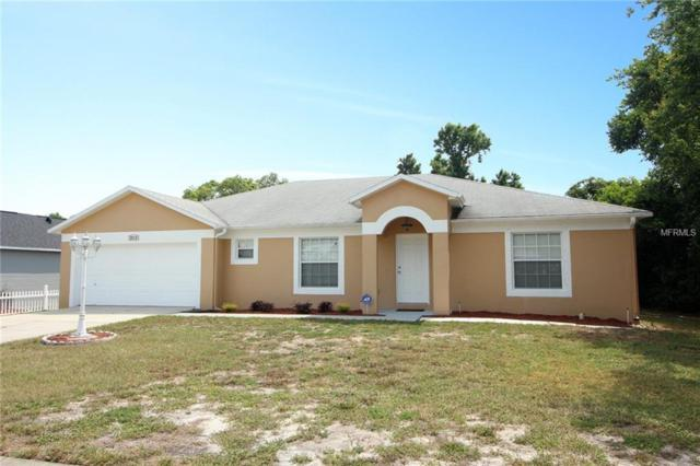 2038 W Barlington Drive, Deltona, FL 32725 (MLS #O5787687) :: The Duncan Duo Team