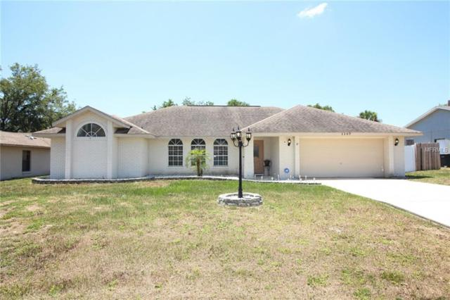 1107 S Cooper Drive, Deltona, FL 32725 (MLS #O5788295) :: The Duncan Duo Team