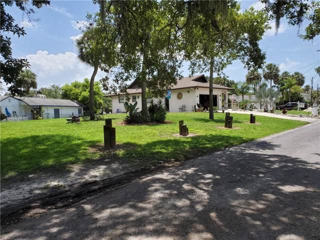 5550 Manatee Point Drive, New Port Richey, FL 34652 (MLS #O5798880) :: Premier Home Experts
