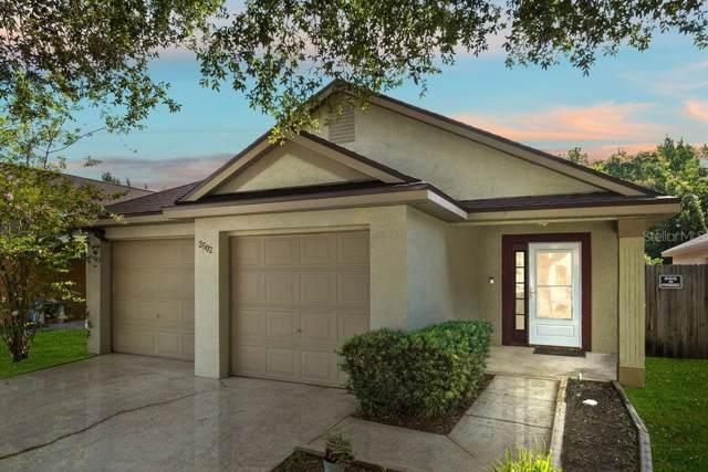 2502 Woods Edge Circle, Orlando, FL 32817 (MLS #O5799713) :: Griffin Group