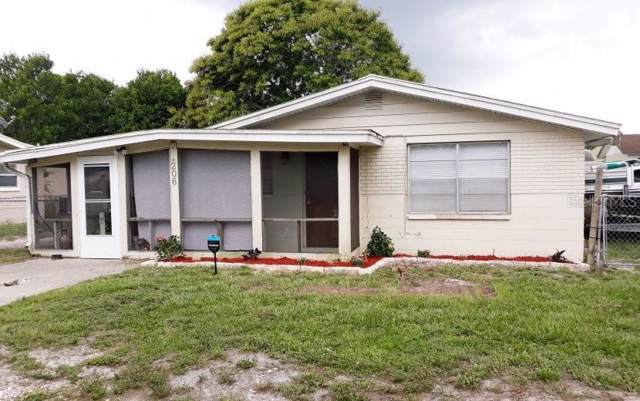 206 4TH JPV Street Jpv, Winter Haven, FL 33880 (MLS #O5799856) :: Delgado Home Team at Keller Williams