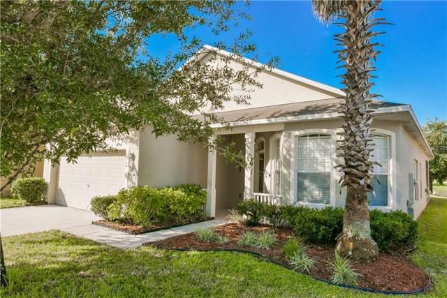 1444 Willow Branch Drive, Orlando, FL 32828 (MLS #O5800381) :: The Figueroa Team
